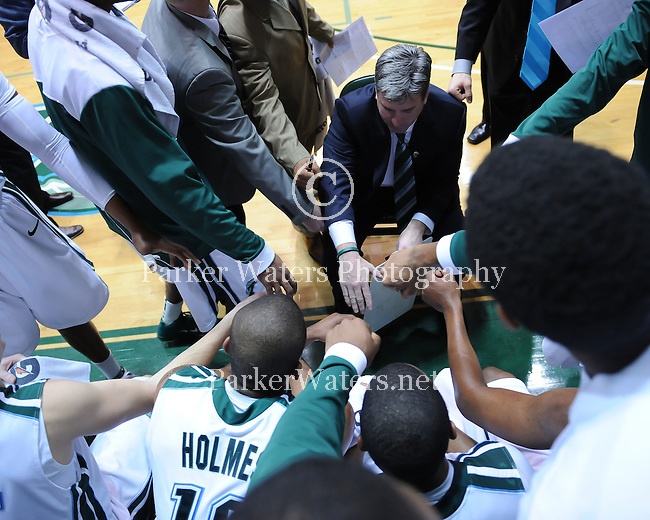 Tulane defeats SMU, 79-70, in Fogelman Arena and pushes their season record to 12-3 and 2-0 in C-USA play.