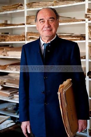 Gino Seguso, the son of glass master; Archimede Seguso and owner of Vetreria Artistica Archimede Seguso, Murano, Venice, Italy