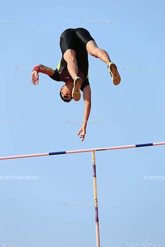 Daichi Sawano (JPN), MAY 5, 2013 - Athletics : SEIKO Golden Grand Prix in Tokyo, Men's Pole Vault at National Stadium, Tokyo, Japan. (Photo by AFLO SPORT)