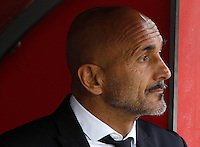 Calcio, Serie A: Napoli vs Roma. Napoli, stadio San Paolo, 15 ottobre. <br /> Roma&rsquo;s coach Luciano Spalletti waits for the start of the Italian Serie A football match between Napoli and Roma at Naples' San Paolo stadium, 15 October 2016. Roma won 3-1.<br /> UPDATE IMAGES PRESS/Isabella Bonotto