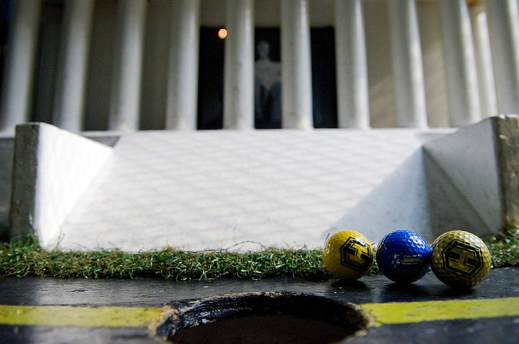 UNITED STATES - JUNE 19: H St. Country Club's mini-golf course includes regional landmarks, like the Lincoln Memorial. (Photo by Chris Maddaloni/CQ Roll Call)