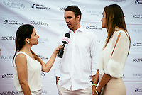 Walk With Sally's 8th Annual White Light White Night on July 19, 2014 (Photo by Tiffany Chien/Guest Of A Guest)