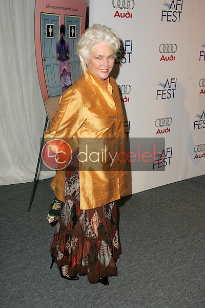 Finola Hughes<br />
