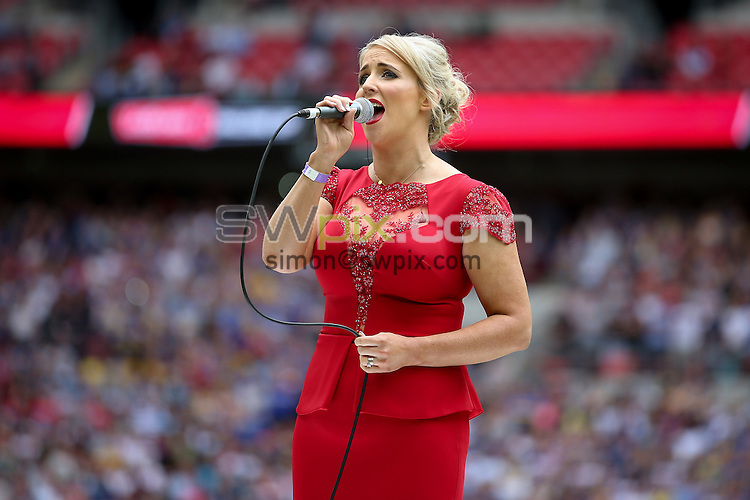Picture by Alex Whitehead/SWpix.com - 29/08/2015 - Rugby League - Ladbrokes Challenge Cup Final - Hull KR v Leeds Rhinos - Wembley Stadium, London, England - Lizzie Jones, wife of the late Danny Jones, sings Abide With Me.