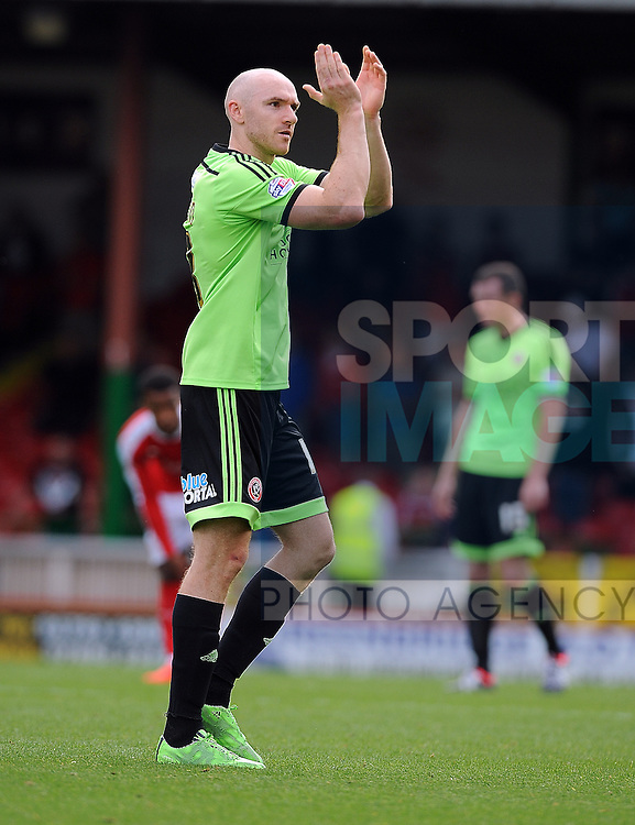 Conor Sammon of Sheffield United applauds the sheffield united fans after substitution<br /> - English League One - Swindon Town vs Sheffield Utd - County Ground Stadium - Swindon - England - 29th August 2015