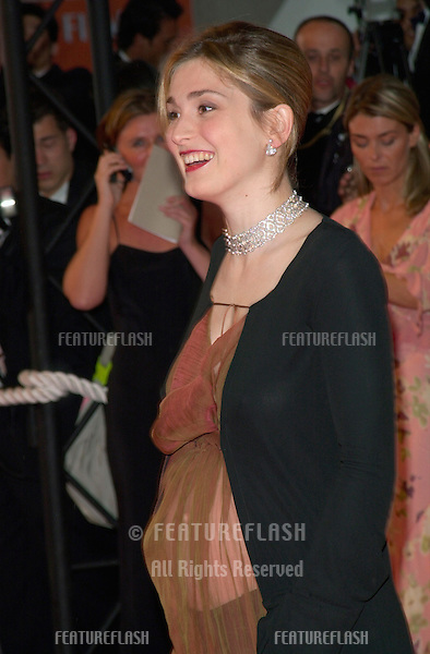10MAY2000: French actress JULIE GAYET at the opening night gala screening of Vatel at the Cannes Film Festival..© Paul Smith/Featureflash  -  Cannes phone: +33 620 21 47 78