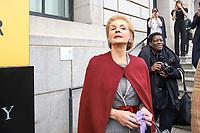 NOVA YORK, EUA, 11.02.2019 - MODA-NOVA YORK - A Fashion designer Carolina Herrera acompanha da de sua filha é vista chegando para o desfile de sua grife Carolina Herrera no New York Fashion Week nesta segunda-feira, 11. (Foto: Vanessa Carvalho/Brazil Photo Press)