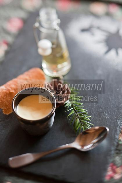Europe/France/Rhône-Alpes/74/Haute-Savoie/Manigod:  Soufflé glacé au génepi , recette d'Eric Guelpa - Chalets-Hotels de la Croix Fry