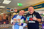 24/9/15 Bray Co Wicklow.<br /> Terry Lyons and Paddy Doyle at the open of the new Dealz store in Bray Co Wicklow.<br /> Picture Fran Caffrey /Newsfile/Professional Images
