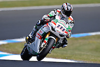 PHILLIP ISLAND, 26 FEBRUARY - Ruben Xaus (ESP) riding the Honda CBR1000RR (111) of the Castrol Honda Team during Superpole qualifying for round one of the 2011 FIM Superbike World Championship at Phillip Island, Australia. (Photo Sydney Low / syd-low.com)
