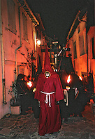 Europe/France/Languedoc-Roussillon/66/Pyrénées-Orientales/Collioure : procession de nuit de la Saint Sanch - Le pénitent<br /> PHOTO D'ARCHIVES // ARCHIVAL IMAGES<br /> FRANCE 1980