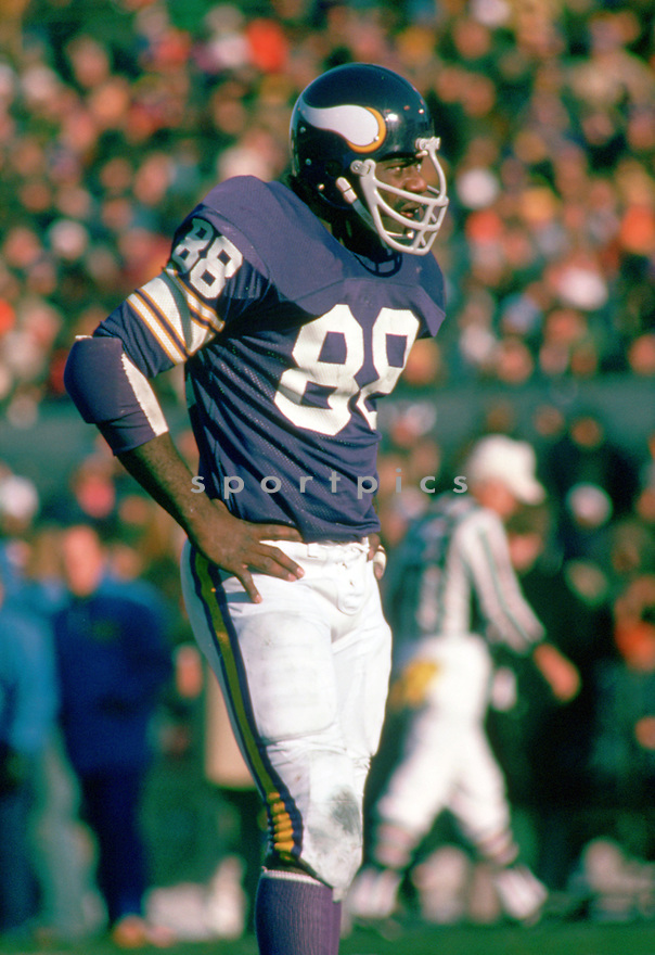 Minnesota Vikings Alan Page (88) during a game from his 1974 season with the Minnesota Vikings . Alan Page played for 16 years with 2 different teams was a 9-time Pro Bowler and was inducted to the Pro Football Hall of Fame in 1988(SportPics)