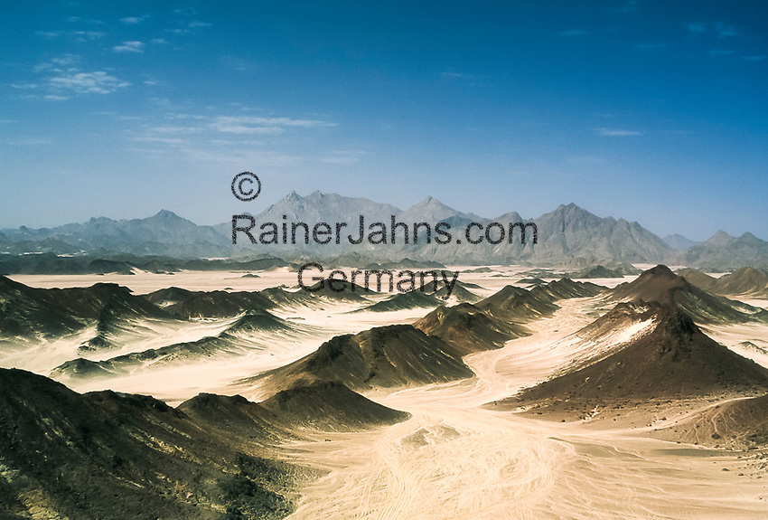 Aegypten, Arabische Wueste bei Hurrhada: beliebtes Ziel fuer Jeep-Safaris | Egypt, Eastern desert near Hurghada: popular for Jeep-Safaries