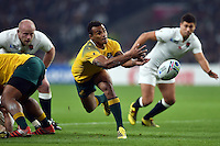 Will Genia of Australia passes the ball. Rugby World Cup Pool A match between England and Australia on October 3, 2015 at Twickenham Stadium in London, England. Photo by: Patrick Khachfe / Onside Images