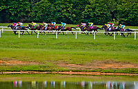 FRANKLIN, KY - SEPTEMBER 08: The field heads down the backstretch in the Kentucky Turf Cup on Kentucky Turf Cup Day at Kentucky Downs on September 8, 2018 in Franklin, Kentucky. (Photo by Scott Serio/Eclipse Sportswire/Getty Images)
