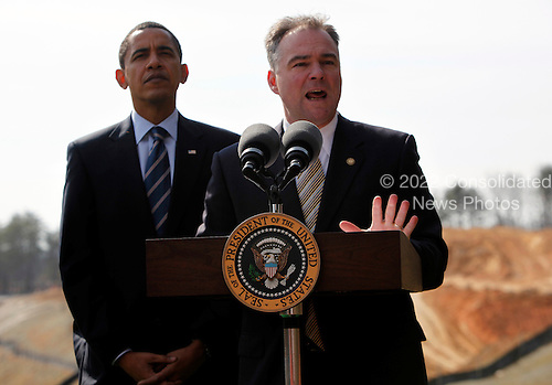 Springfield, VA - February 11, 2009 -- Virginia Governor Tim Kaine speaks while United States President Barack Obama listens, on the  construction site of Fairfax County Parkway connector,  Wednesday, Springfield, VA, February 11, 2009..Credit: Aude Guerrucci - Pool via CNP