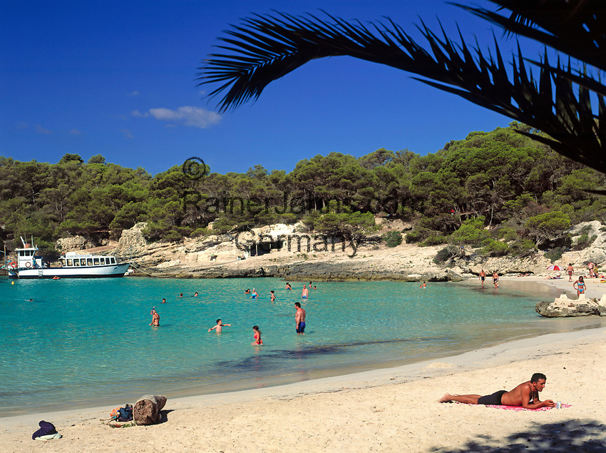 ESP, Spanien, Balearen, Menorca, Cala en Turqueta: Badebucht im Sueden | ESP, Spain, Balearic Islands, Menorca, Cala en Turqueta: bay and beach in the south