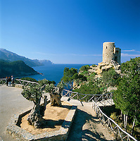 Spain, Balearic Islands, Mallorca, near Banyalbufar: Mirador de Ses Animes | Spanien, Balearen, Mallorca, bei Banyalbufar: Mirador de Ses Animes