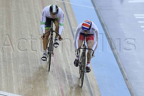 05.03.2016. Lee Valley Velo Centre, Lnodn England. UCI Track Cycling World Championships Mens Individual Sprint Final. KENNY Jason (GBR) watches the attack from GLAETZER Matthew (AUS)