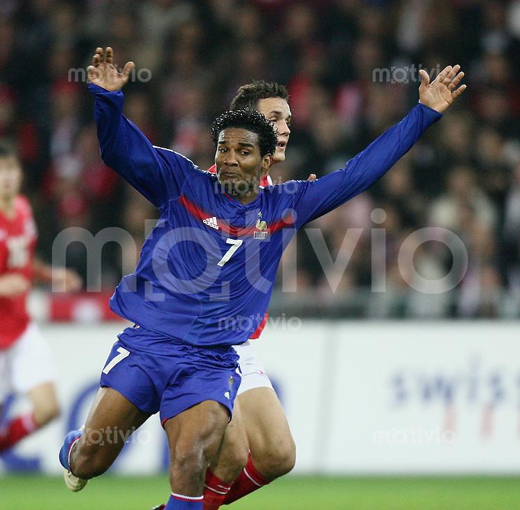 Fussball International WM Qualifikation Schweiz 1-1 Frankreich Florent Malouda (FRA)