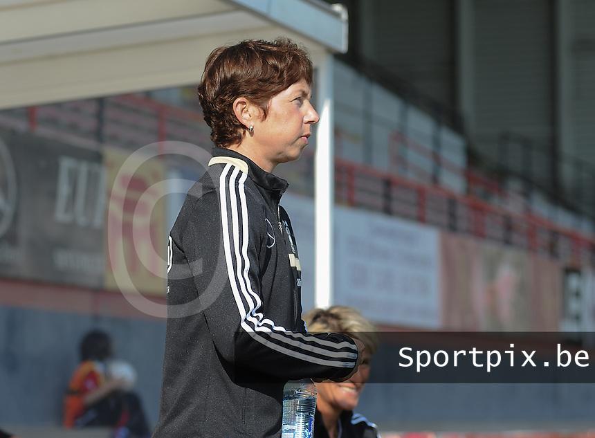 Germany U19 - Czech Republic U19 : <br /> <br /> Germany U19 : coach Maren Meinert<br /> <br /> foto Dirk Vuylsteke / Nikonpro.be