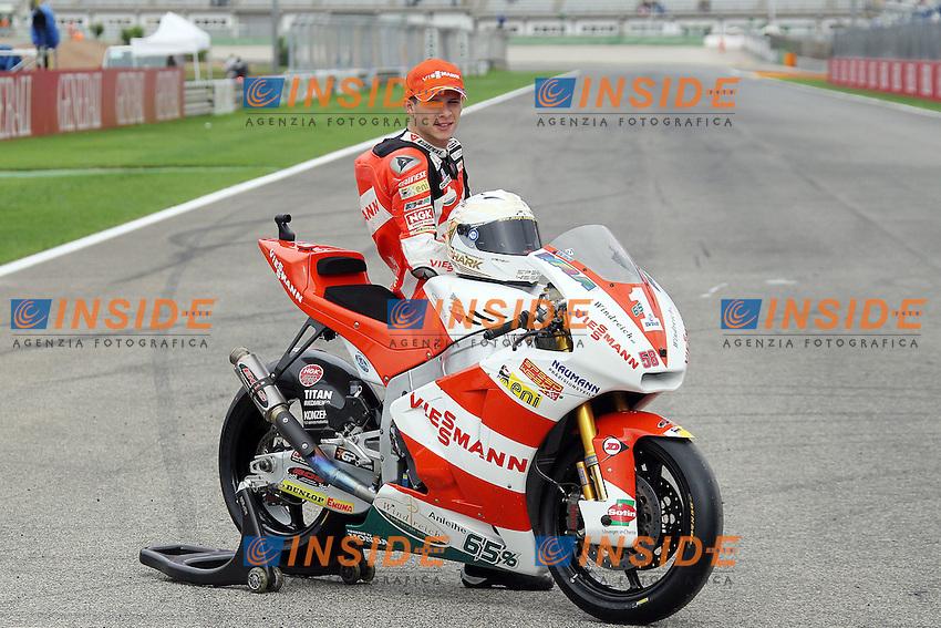 06-11-2011 Valencia (ESP).Motogp - Moto2.in the picture: Stefan Bradl World Champion - Viessmann Kiefer racing team .Foto Insidefoto / Semedia