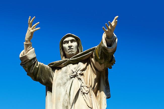 Statue of Savonarola Statue, Ferrara, Italy