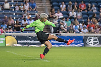 Bridgeview, IL - Saturday July 23, 2016:  Houston Dash goalkeeper Bianca Henninger (1) during a regular season National Women's Soccer League (NWSL) match between the Chicago Red Stars and the Houston Dash at Toyota Park.
