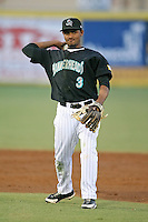 April 13, 2009:  Second Baseman Smelin Perez (3) of the Jupiter Hammerheads, Florida State League Class-A affiliate of the Florida Marlins, during a game at Roger Dean Stadium in Jupiter, FL.  Photo by:  Mike Janes/Four Seam Images