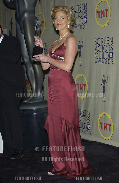 EDIE FALCO at the 9th Annual SCREEN ACTORS GUILD AWARDS in Los Angeles.March 9, 2003..© Paul Smith / Featureflash