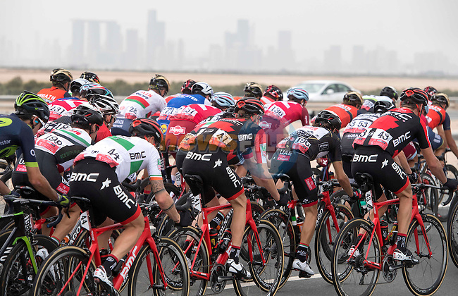 The peloton in action during Stage 2 the Nation Towers Stage of the 2017 Abu Dhabi Tour, running 153km around the city of Abu Dhabi, Abu Dhabi. 24th February 2017<br /> Picture: ANSA/Claudio Peri | Newsfile<br /> <br /> <br /> All photos usage must carry mandatory copyright credit (&copy; Newsfile | ANSA)