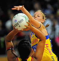 110228 ANZ Championship Netball - Central Pulse v Waikato - Bay of Plenty Magic