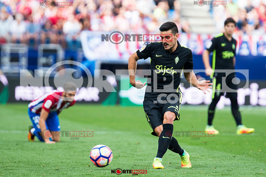Sporting de Gijon's Sergio A. during a match of La Liga Santander at Vicente Calderon Stadium in Madrid. September 17, Spain. 2016. (ALTERPHOTOS/BorjaB.Hojas) /NORTEPHOTO