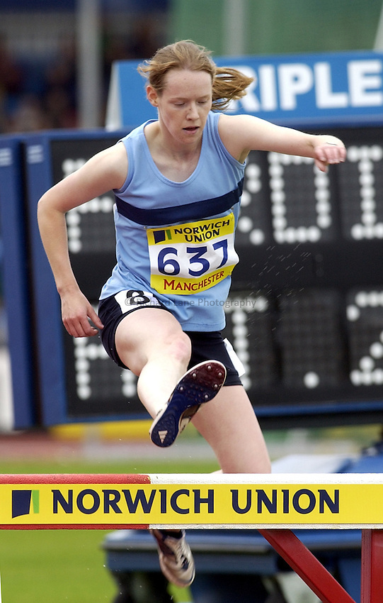 Photo: Henry Browne..Norwich Union Olympic and AAA Championships, Manchester Regional Stadium. 11/07/2004..Norwich Union steeplechase hurdle.
