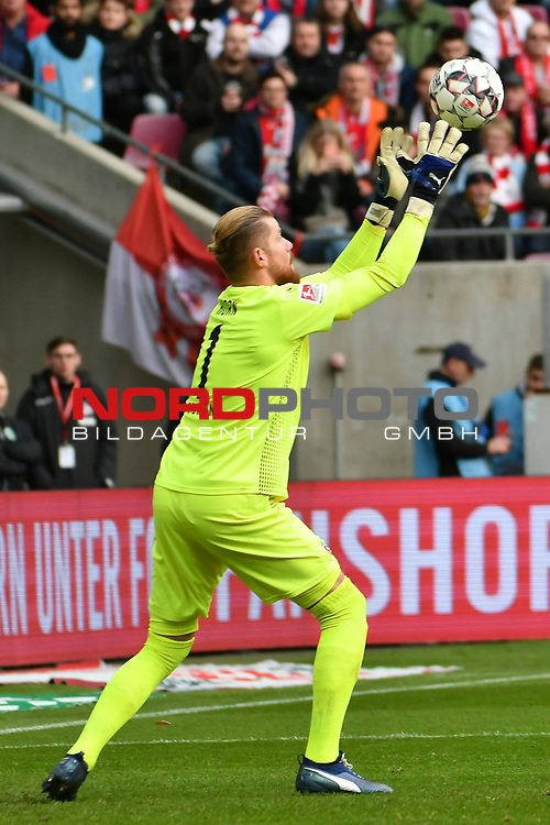 01.12.2018, RheinEnergieStadion, Koeln, GER, 2. FBL, 1.FC Koeln vs. SpVgg Greuther Fürth,<br />  <br /> DFL regulations prohibit any use of photographs as image sequences and/or quasi-video<br /> <br /> im Bild / picture shows: <br /> Timo Horn Torwart (FC Koeln #1), haelt<br /> <br /> Foto © nordphoto / Meuter
