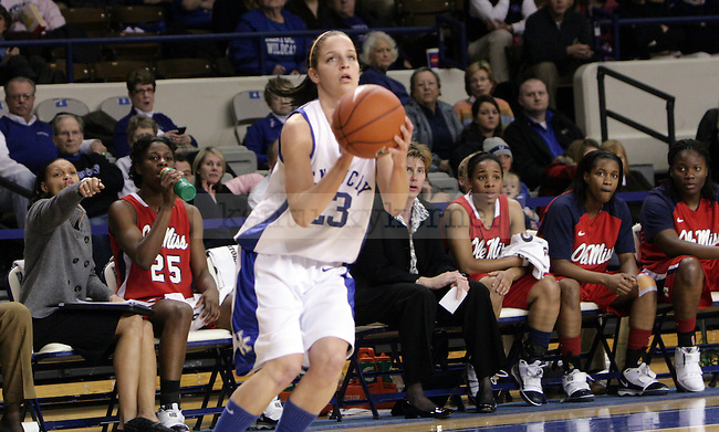 sophomore Guard Rebecca Gray shoots a 3 in the first half of UK's game against Ole Miss on Thursday evening. Photo by William Baldon | Staff