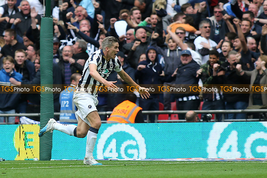 Steve Morison celebrates scoring Millwall's opening goal during Bradford City vs Millwall, Sky Bet EFL League 1 Play-Off Final at Wembley Stadium on 20th May 2017