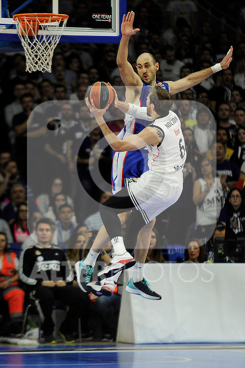 Real Madrid´s Andres Nocioni and Anadolu Efes´s Nenad Krstic during 2014-15 Euroleague Basketball Playoffs match between Real Madrid and Anadolu Efes at Palacio de los Deportes stadium in Madrid, Spain. April 15, 2015. (ALTERPHOTOS/Luis Fernandez)