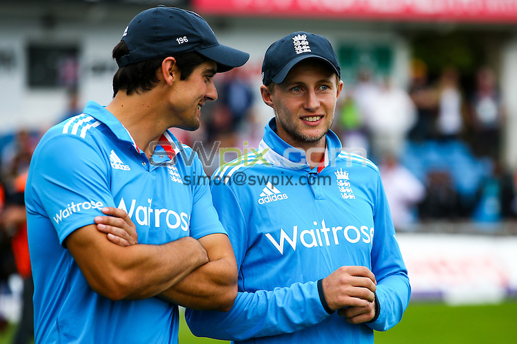 Picture by Alex Whitehead/SWpix.com - 05/09/2014 - Cricket - Royal London One-Day Series, 5th ODI - England v India - Headingley Stadium, Leeds, England - England's Joe Root and Alastair Cook.