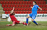 St Johnstone v Aberdeen....02.03.11 .Danny Invincible is denied by Steven Smith.Picture by Graeme Hart..Copyright Perthshire Picture Agency.Tel: 01738 623350  Mobile: 07990 594431