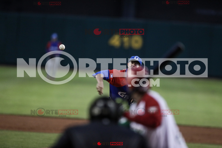Lazaro Blanco pitcher inicial de esta noche por Cuba hace lanzamientos en El Segundo inning, durante el segundo partido semifinal de la Serie del Caribe en el nuevo Estadio de  los Tomateros en Culiacan, Mexico, Lunes 6 Feb 2017. Foto: AP/Luis Gutierrez