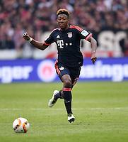 Fussball  1. Bundesliga  Saison 2015/2016  29. Spieltag  VfB Stuttgart  - FC Bayern Muenchen    09.04.2016 David Alaba (FC Bayern Muenchen) mit Ball