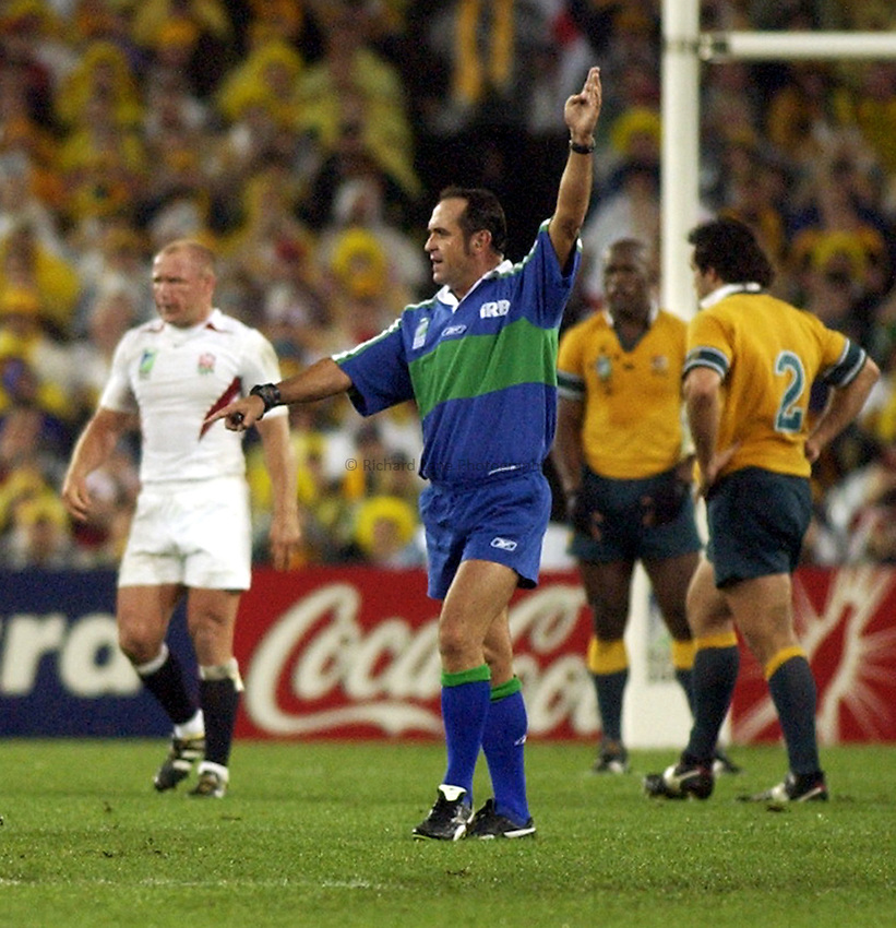 Photo: Steve Holland..Australia v England. Rugby World Cup Final, at the Telstra Stadium, Sydney. RWC 2003. 22/11/2003. .Referee Andre Watson.