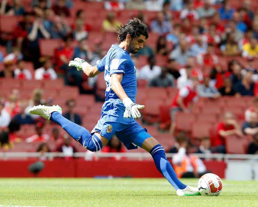 Villarreal's Mariano Barbosa<br /> <br /> Photographer Kieran Galvin/CameraSport<br /> <br /> Football - Emirates Cup - VfL Wolfsburg v Villarreal - Saturday 25th July 2015 - Emirates Stadium - London <br /> <br /> &copy; CameraSport - 43 Linden Ave. Countesthorpe. Leicester. England. LE8 5PG - Tel: +44 (0) 116 277 4147 - admin@camerasport.com - www.camerasport.com
