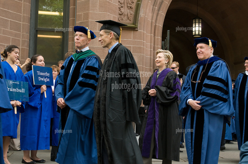 Yale University Commencement 2009 | Procession in Old Campus | Richard Serra and Hillary Rodham Clinton, honorary degree recipients.