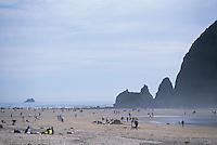 Cannon Beach, Haystack Rock, Oregon