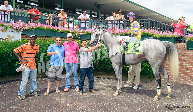 Peaceadaaction winning at Delaware Park on 7/18/15