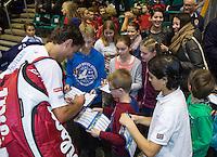 21-12-13,Netherlands, Rotterdam,  Topsportcentrum, Tennis Masters, Jesse Huta Galung (NED) signing autographs<br /> Photo: Henk Koster