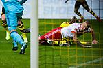 10.02.2018, Signal Iduna Park, Dortmund, GER, 1.FBL, Borussia Dortmund vs Hamburger SV, <br /> <br /> im Bild | picture shows:<br /> Rick van Drongelen (Hamburger SV #4) liegt mit Michy Batshuayi (Borussia Dortmund #44) im Strafraum, <br /> <br /> <br /> Foto &copy; nordphoto / Rauch