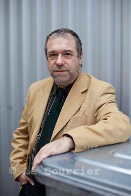 Genève, le 24.11.2009.Jean-Paul Guisan, ancien président de Pink-cross se lance en politique chez les radicaux..© Le Courrier / J.-P. Di Silvestro